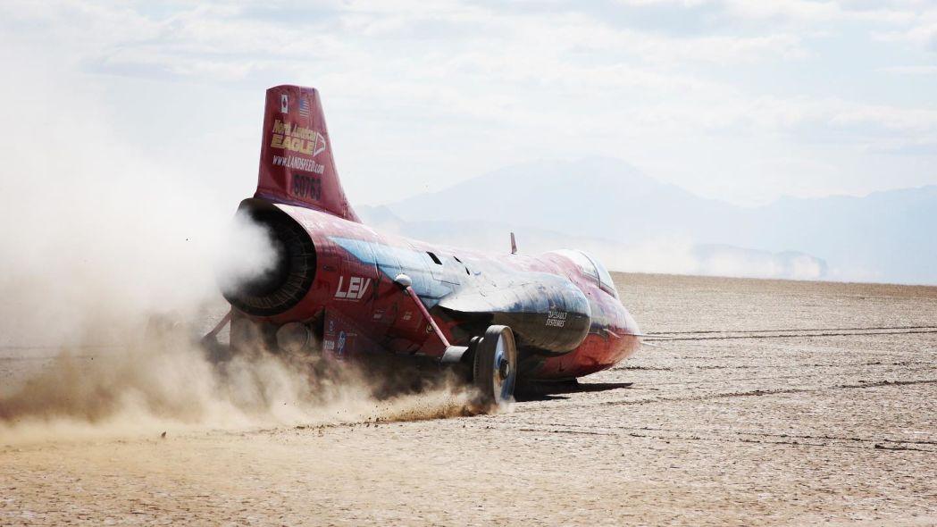 Ее супермощный Eagle Supersonic Speed Challenger построен на базе истребителя F-104 Lockheed Starfighter