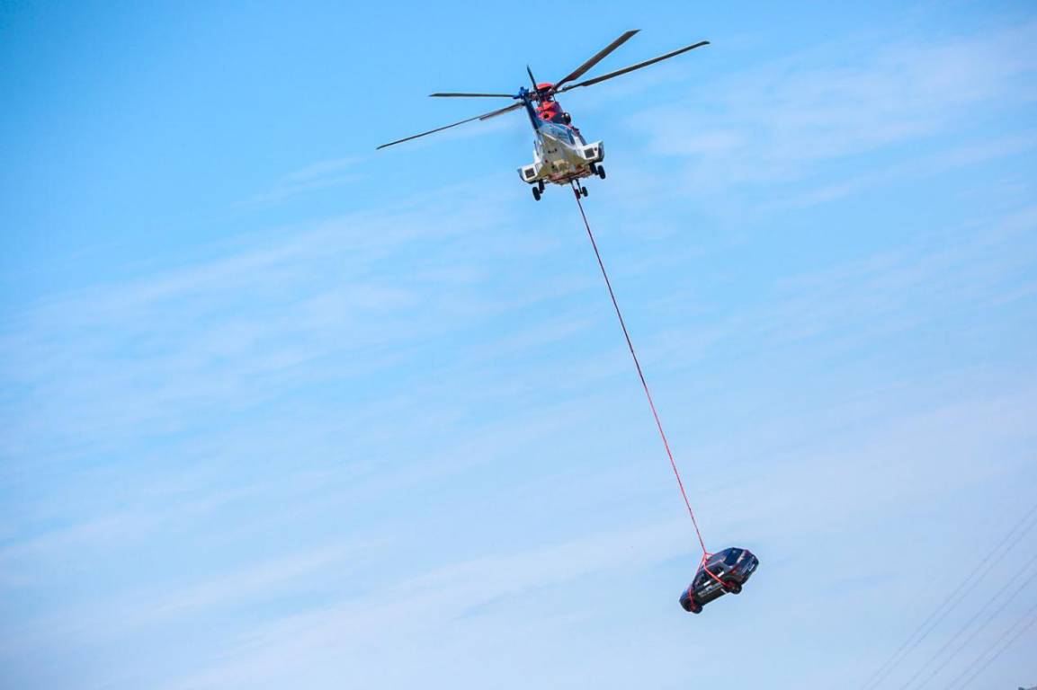 Инженеры предложили сбросить кроссовер с вертолета