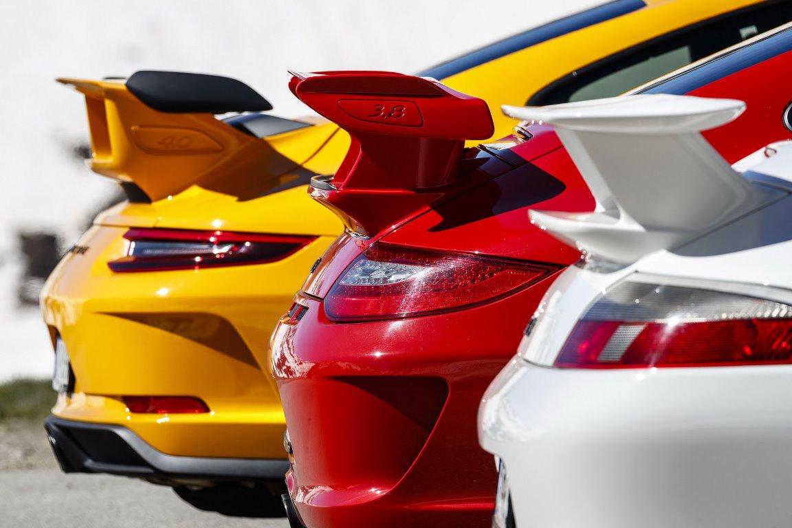 Вместе с развитием всех узлов, Porsche регулярно увеличивал объем оппозитного двигателя