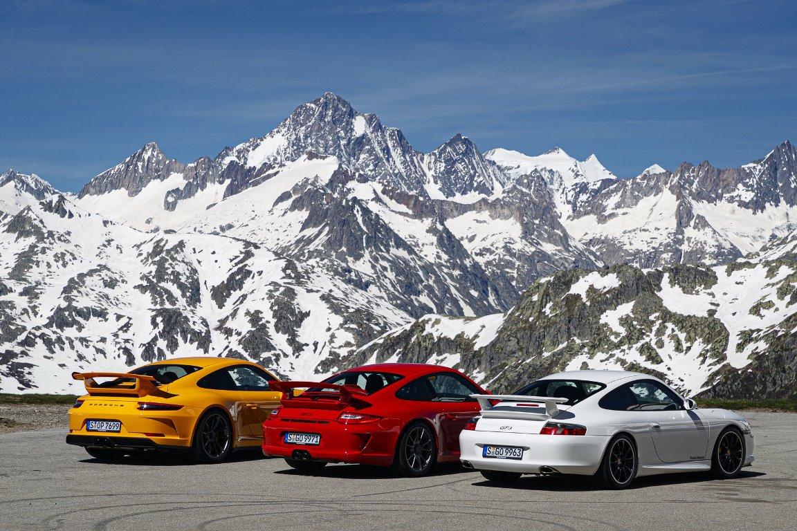 Porsche отпраздновал 20-летие модели 911 GT3 в Альпах