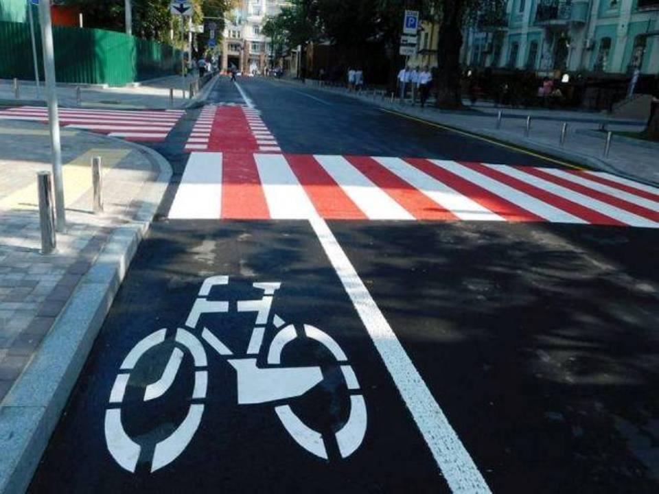 Велодорожки и велополосы должны появиться повсеместно, а не только в крупных городах