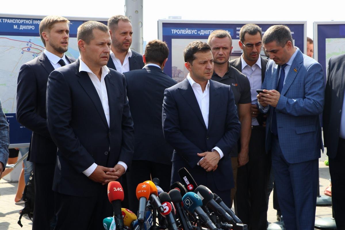 Владимир Зеленский проинспектировал Новый мост в Днепре