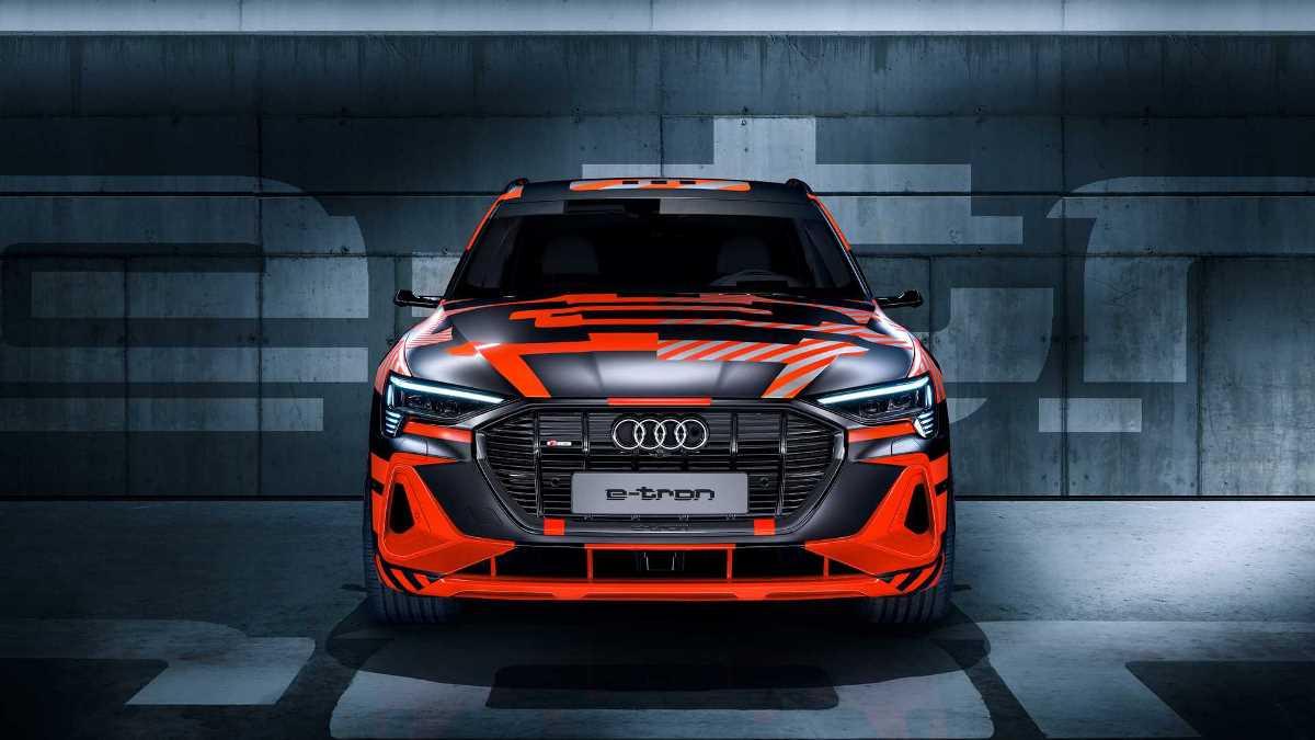 Audi анонсировала новый E-tron Sportback