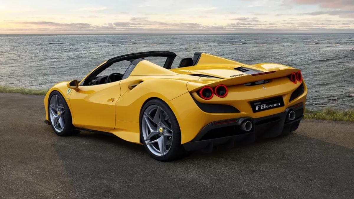 Автомобиль полностью основан на F8 Tributo