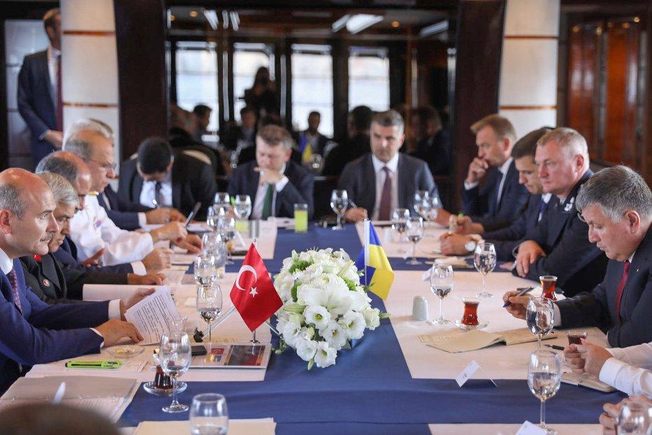 В Стамбуле состоялась встреча министров МВД Украины и Турции