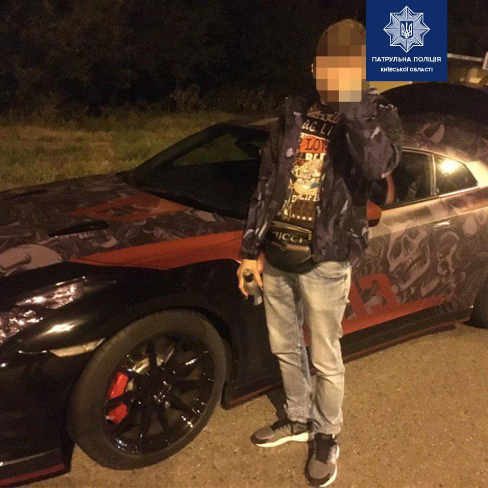 Водить Nissan GT-R устроил гонки по Борисполю