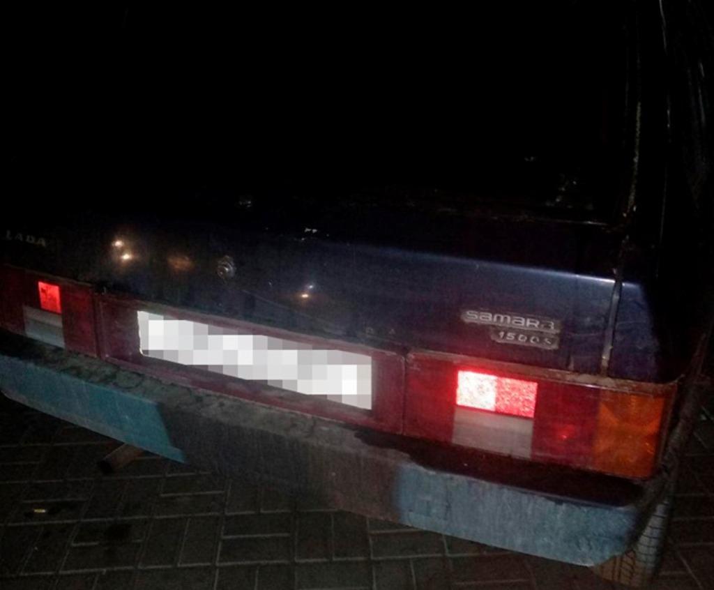 В автомобиле инспекторы обнаружили каннабис и гранату