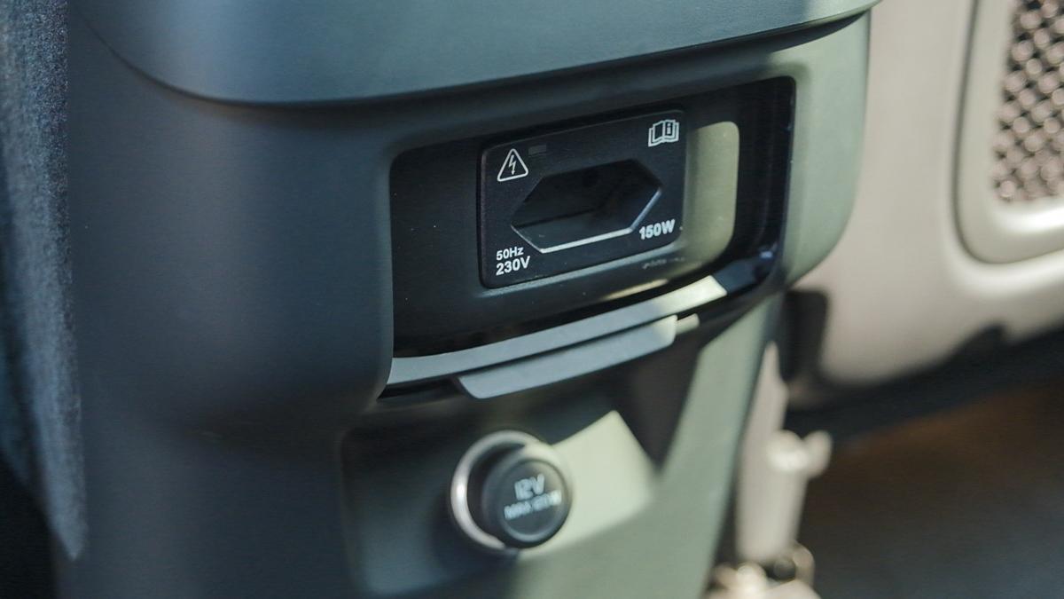 Аудиосистема в Volvo XC90 распределяет звук равномерно по всей площади авто
