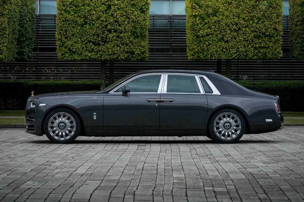 Rolls-Royce Horology Phantom