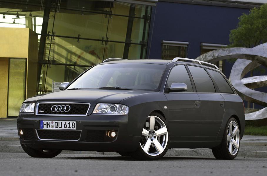 Audi RS6 выпускалось с 2002 по 2004 год