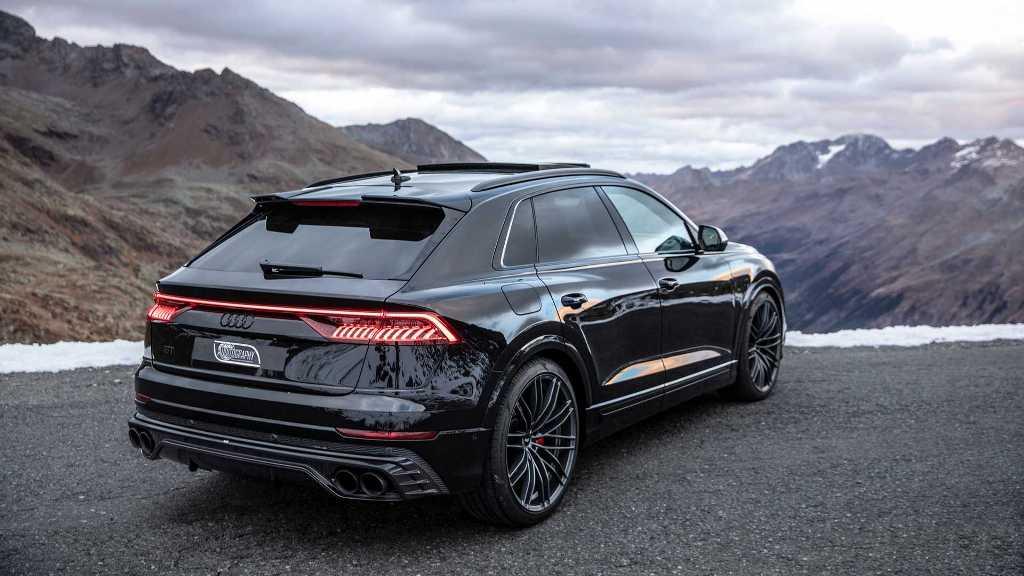 Мощность дизельного V8 форсировали до впечатляющих 520 л.с. и 970 Нм крутящего момента