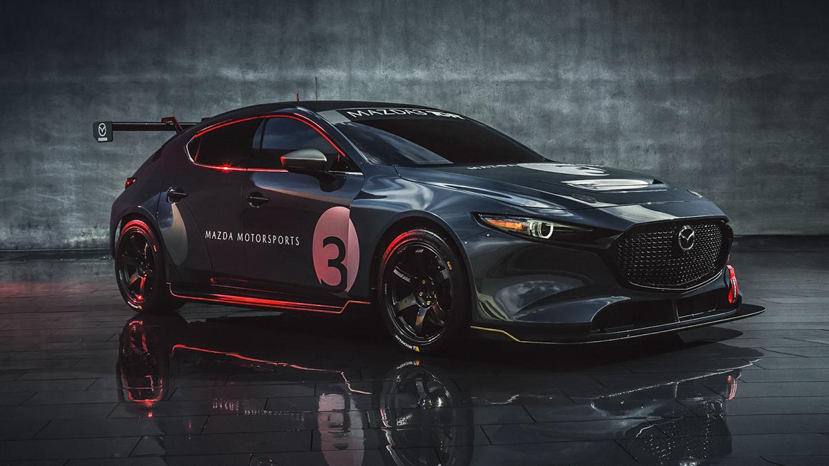 "Mazda представила ""горячую"" версию тройки"