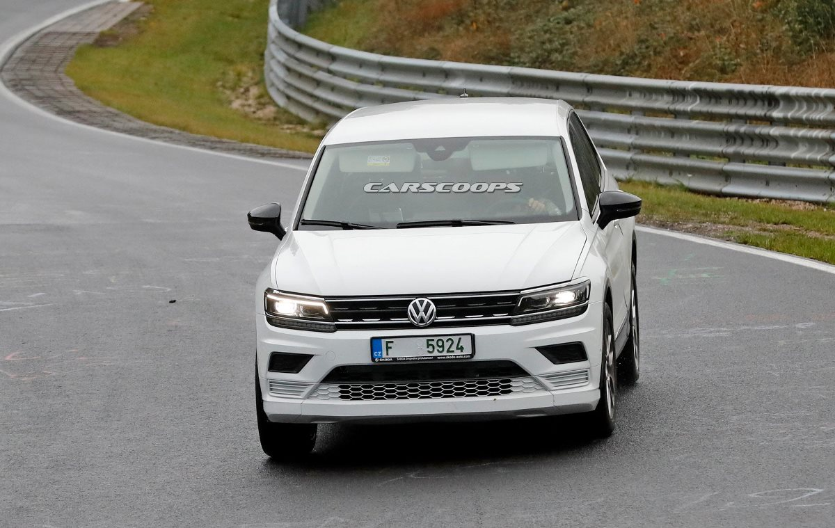 Подобный камуфляж Volkswagen уже использовал на тестах ID.4