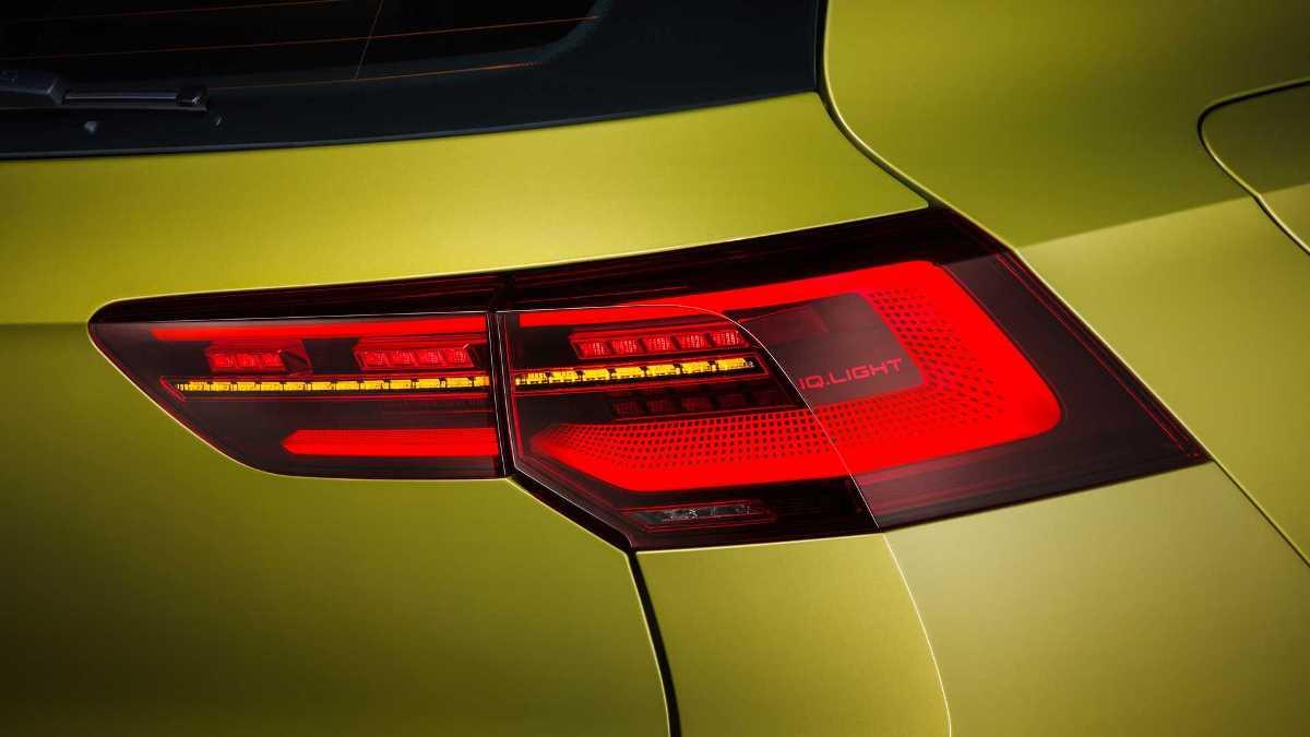 Также Volkswagen дал модели полностью диодную оптику