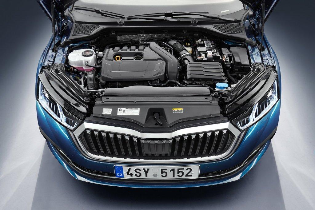 Моторная гамма Octavia довольно широка и в ней впервые представлены гибридные агрегаты