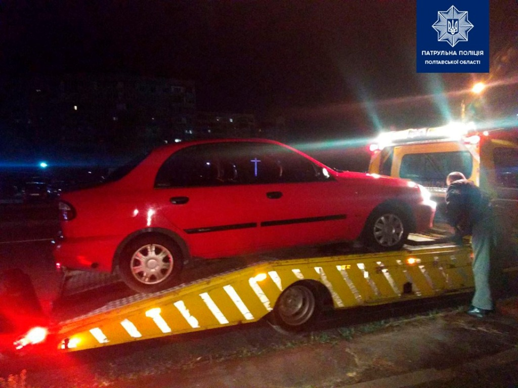 Автомобиль нарушителя эвакуировали на штрафплощадку