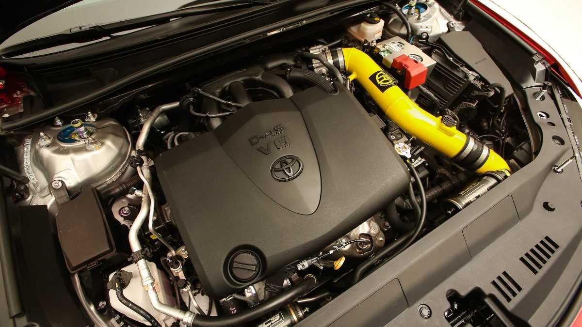 Его 3,5-литровый двигатель выдает 330 л.с.
