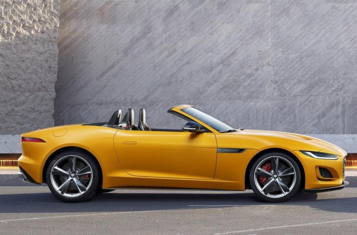 Jaguar также показал версию с открытым верхом