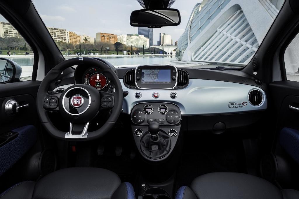 На рынок Европы Fiat 500 выйдет в феврале текущего года, а Panda доберется до дилерских центров только в марте