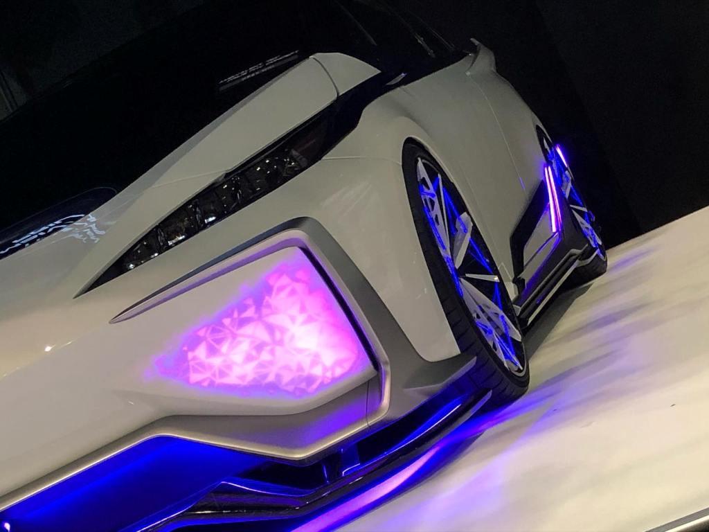 Toyota Ambivalent RD Prius PHV