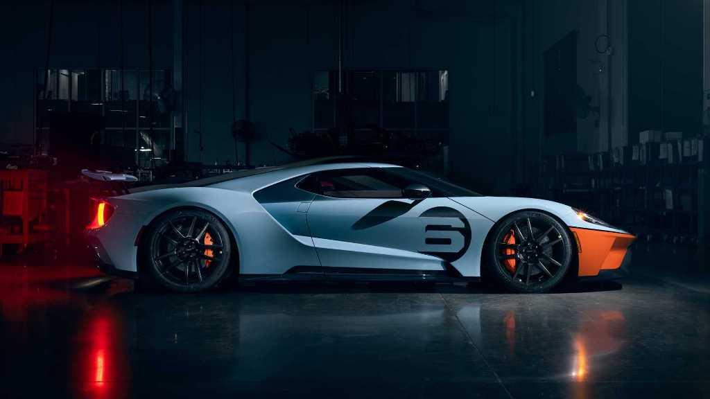 Второй вариант комплектации - GT Gulf Racing Heritage