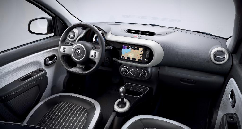 Twingo Z.E. получил видоизмененную приборную панелью