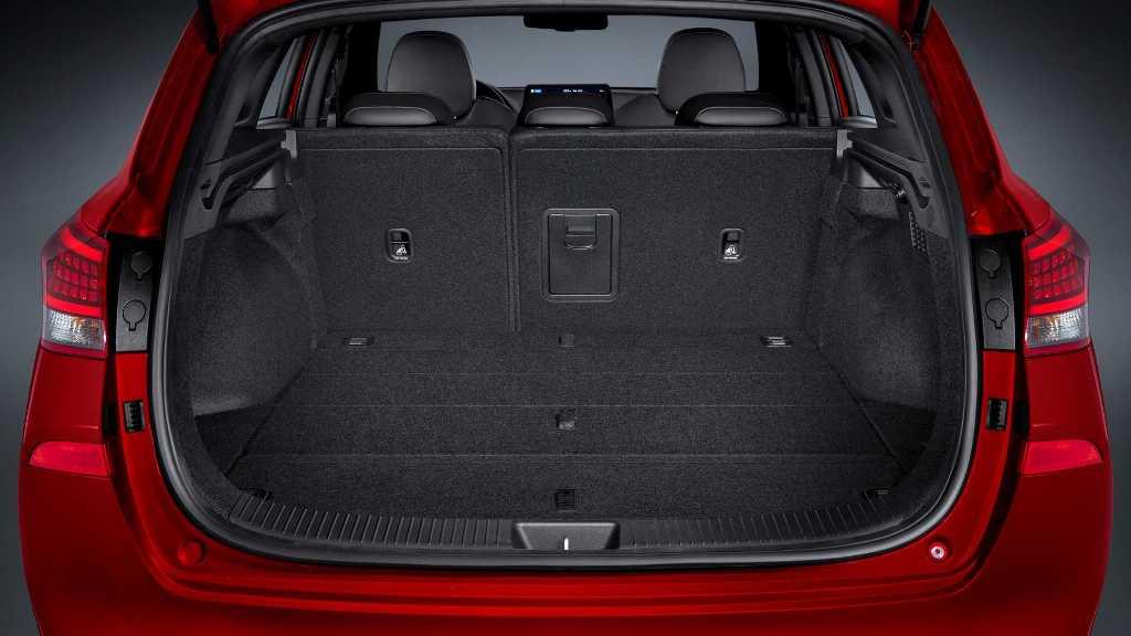 Дебютирует рестайлинговый Hyundai i30 на Женевском автосалоне