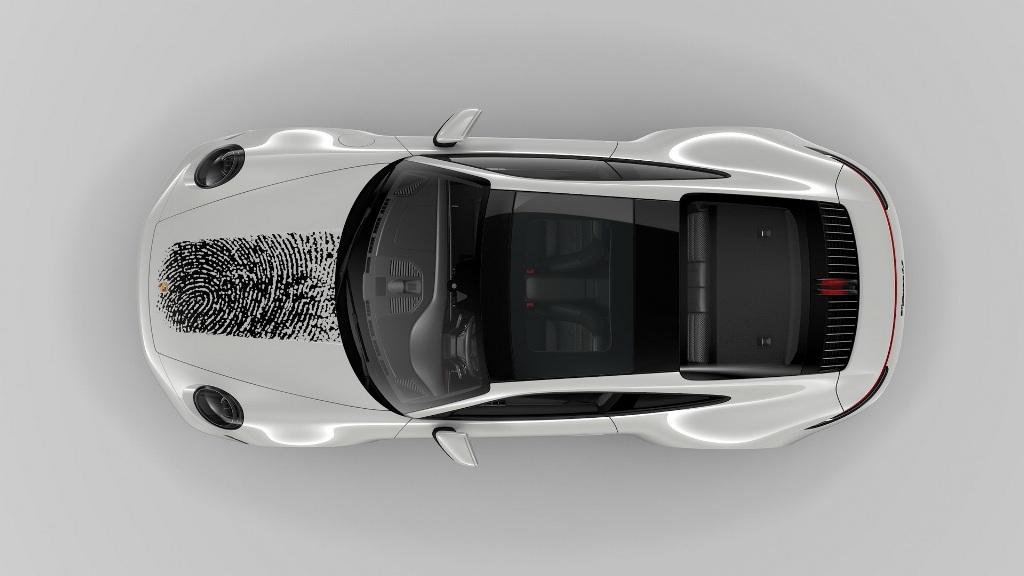 Новая программа персонализации доступна для владельцев спорткаров Porsche 911 (992)