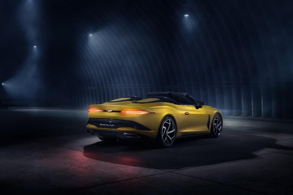 Он основан на базе кабриолета Continental GT и вдохновлен концепцией EXP 100 GT