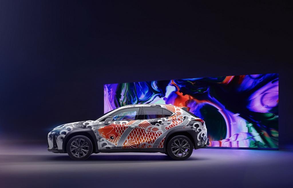 Lexus UX стал первым в мире татуированным автомобилем