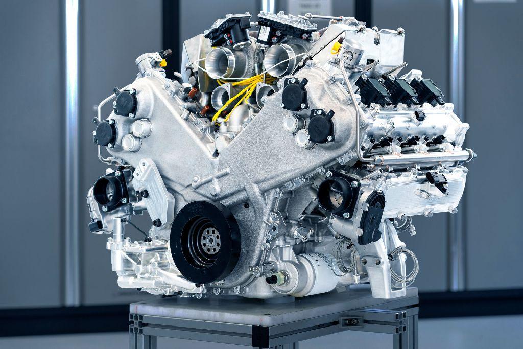 Двигатель TM01 от Aston Martin