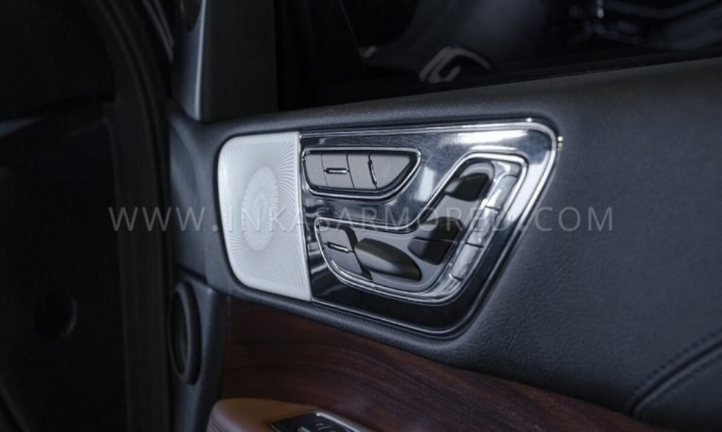 """""""Навигатор"""" получил усиленные дверные петли, защиту электроники от электромагнитных импульсов и перенастроенную подвеску"""