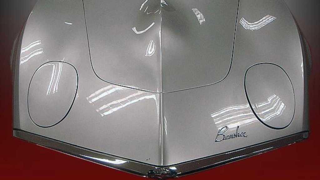 Pontiac Banshee был разработан инженером Джоном Делореаном