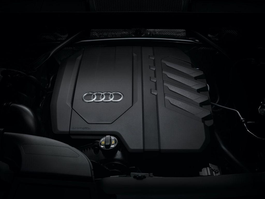 Audi Q5 будет доступен с гибридной силовой установкой, которая состоит из 2,0-литрового турбодвигатель TFSI и 12-вольтового стартер-генератор