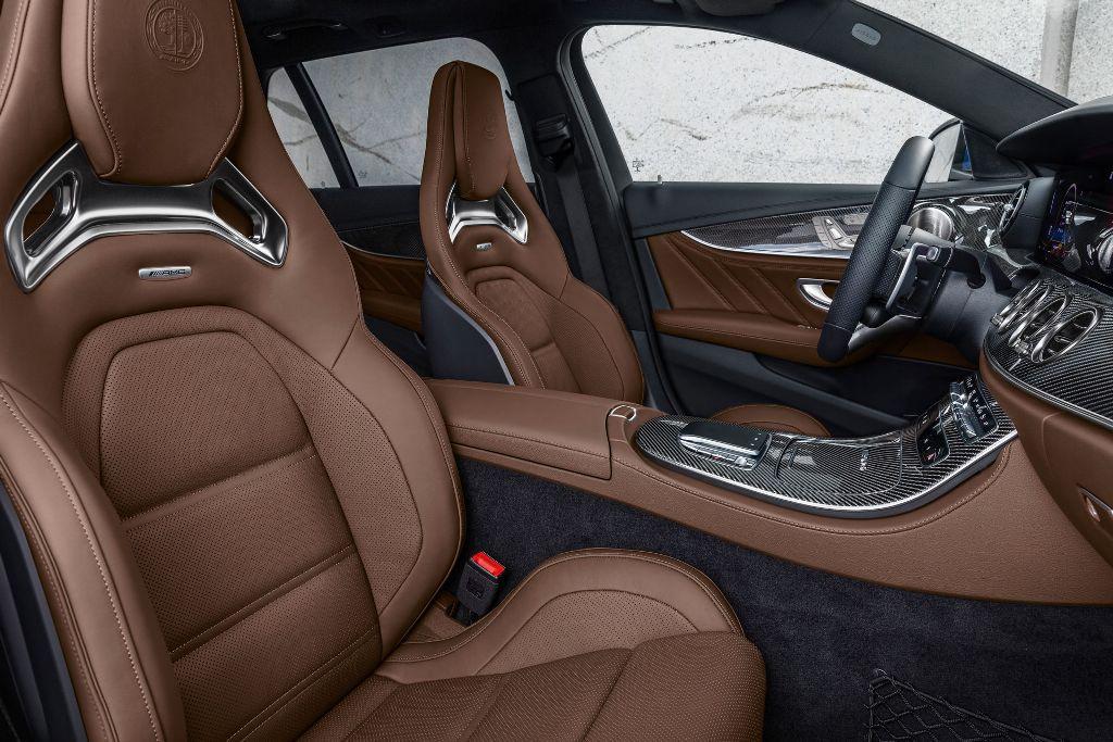 Старт продаж, а также стоимость Mercedes-AMG E 63 S 2021 модельного года пока не объявлены