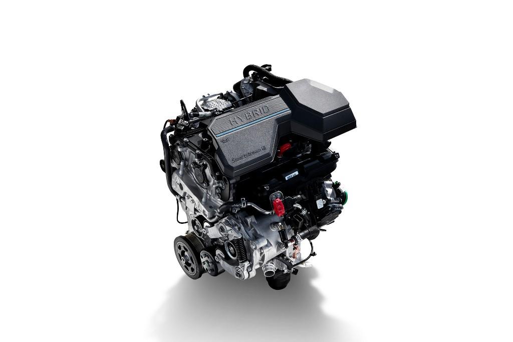 Обновленный HyundaiSanta Fe получил дизельную и гибридные версии на основе бензиновых двигателей