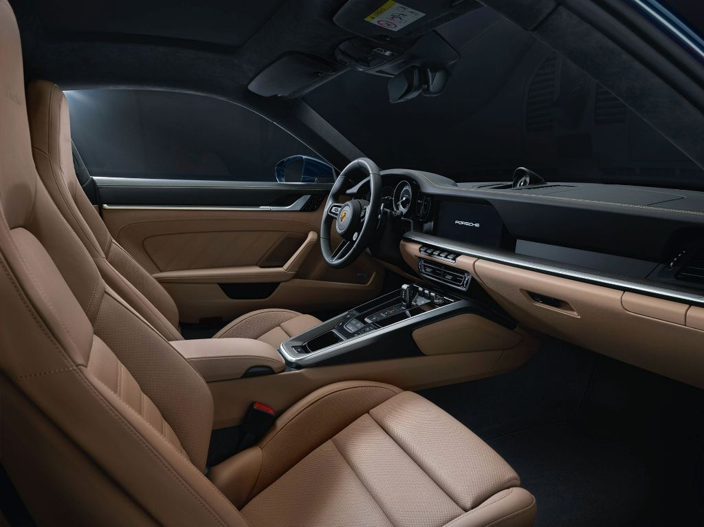 В продажуPorsche 911 Turbo поступит в начале 2021 года