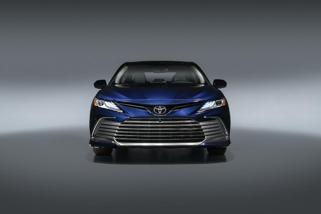 Toyota Camry 2021 модельного года