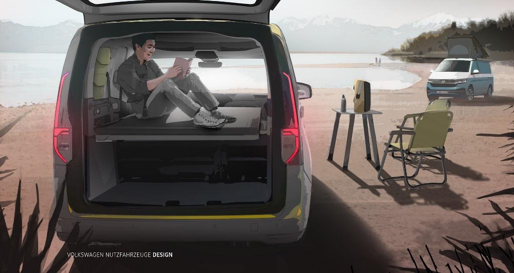 Автомобиль получит стеклянную панорамную крышу площадью 1,4 кв.м и кровать длинной почти 2 метра