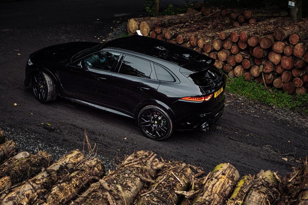 Отдачу 5,0-литрового двигателя V8 увеличили на 22% до 676 л.с.