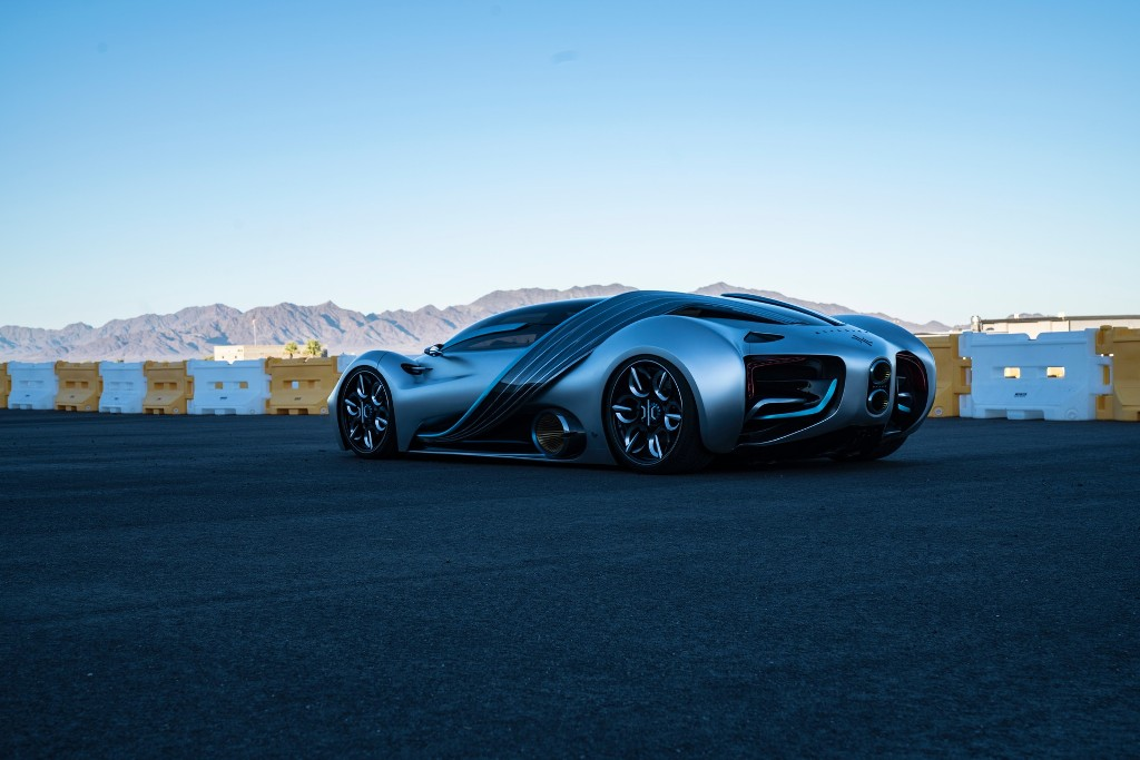 Кузов модели выполнен из специального композита, усиленного титаном