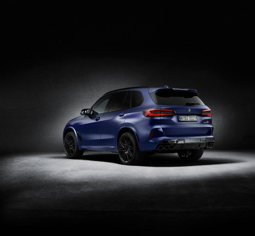 Автомобили с особой отделкой получили приставку First Edition в названии и будут выпущены тиражом в 250 экземпляров