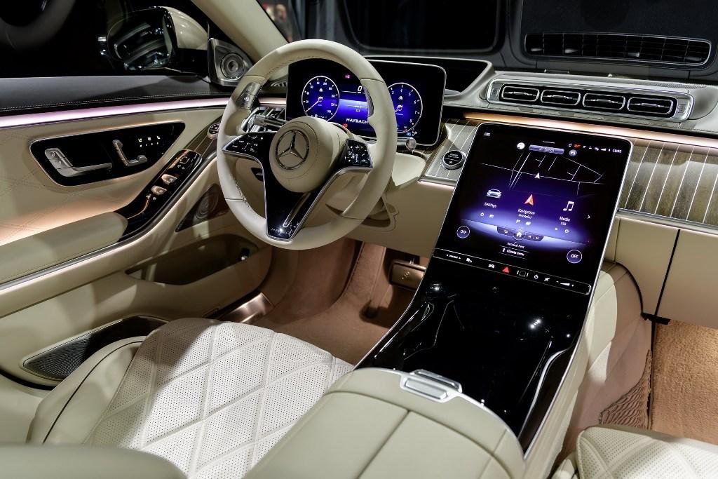 Пользователям авто предложено невероятное количество современных технологий, включая дополненную реальность
