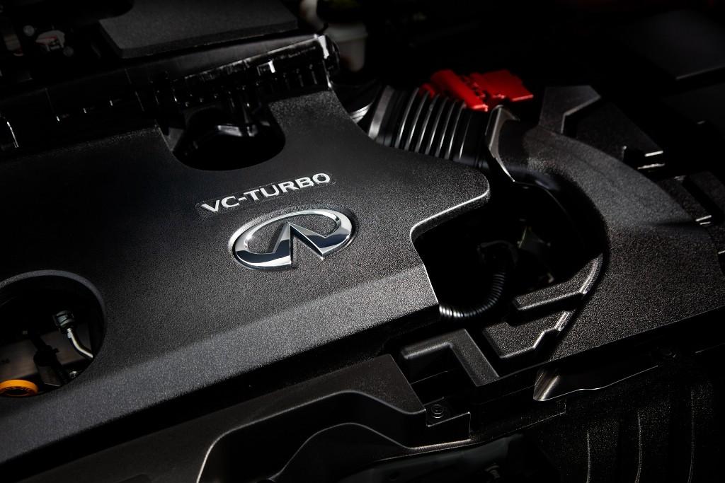 В движение автомобиль приводит 2,0-литровый четырехцилиндровый турбодвигатель