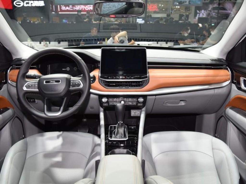 Салон авто стал технологичнее