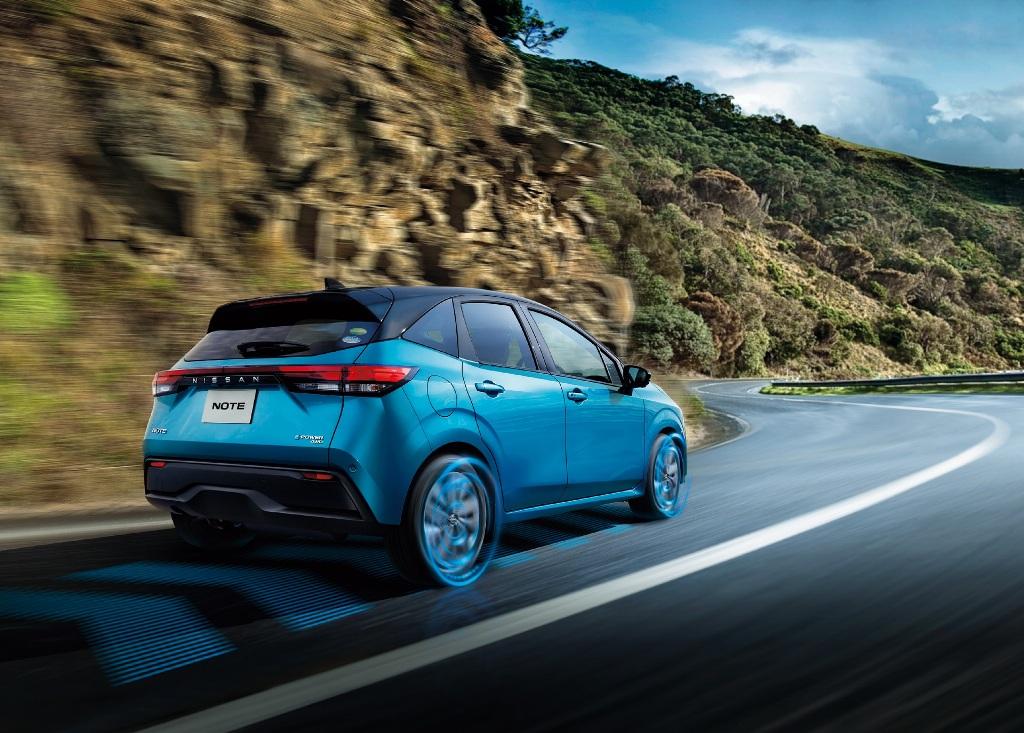 Nissan Note е-Power 4WD будет доступен в двух вариантах - S Four и X Four