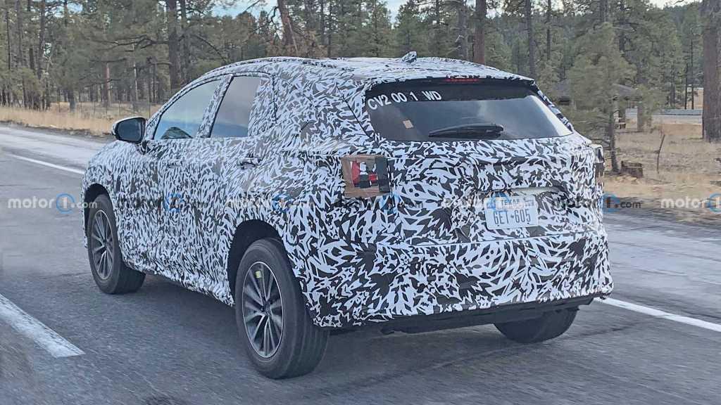 Дебют нового Lexus NX состоится в конце этого года