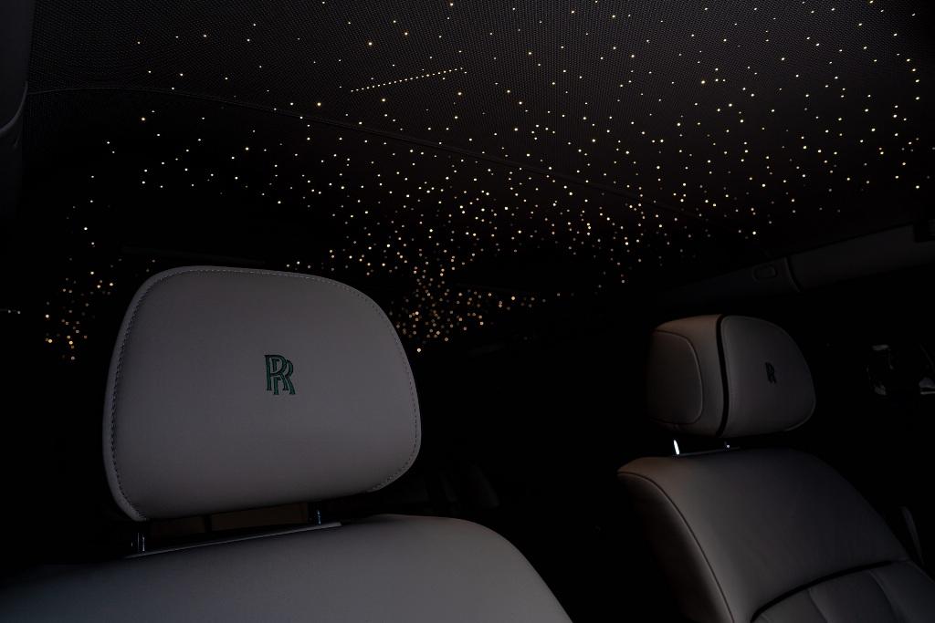 Реализовать идею дизайнерам Rolls-Royce помогла швейцарская фирма Nature Squared