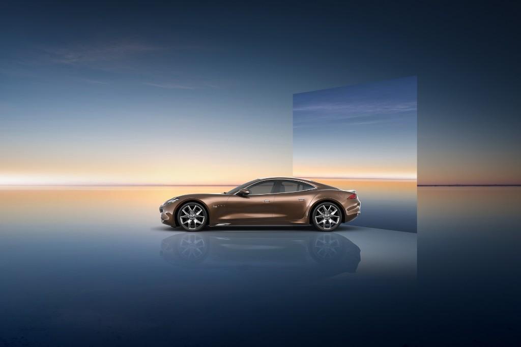 Новинка получила три варианта комплектаций - Standard, Luxury и Sport