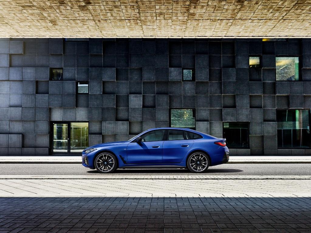 В основе BMW i4 лежит новая модульная платформа со встроенным в пол аккумуляторным блоком